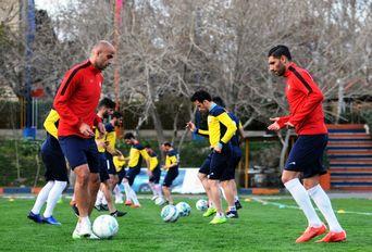 در حاشیه تمرینات تیم سپیدرود رشت در تهران
