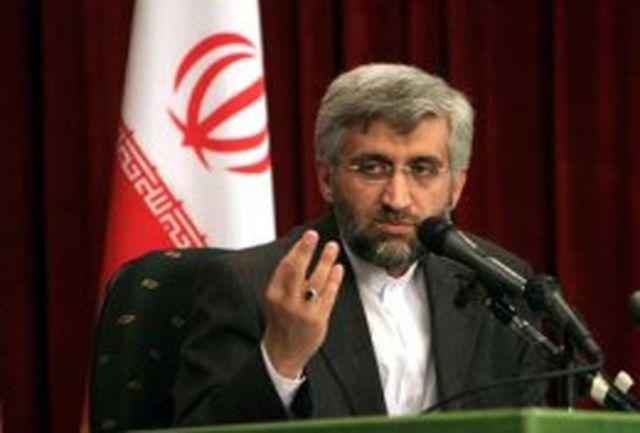 جمهوری اسلامی ایران ذره ای از حقوق خود عقبنشینی نمیکند