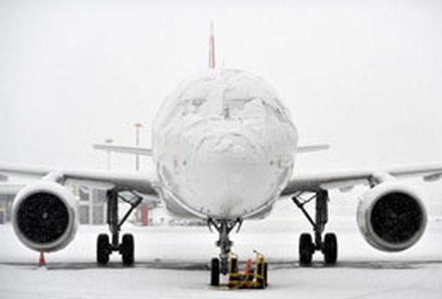 برف سنگین پروازهای فرودگاه همدان را لغو کرد