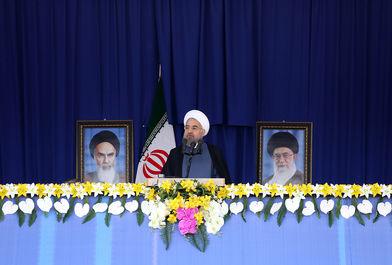 سخنان روحانی در اجتماع بزرگ و صمیمی مردم آذربایجان غربی در ارومیه/ ببینید