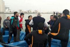 نجات 8 سرنشین حادثه سقوط بالگرد در دریاچه چیتگر