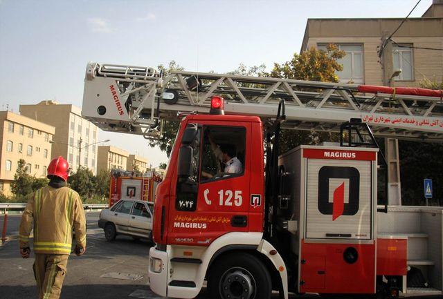 آغاز بهره برداری از 4 خودروی آتشنشانی پیشرفته در قم