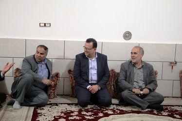گزارش تصویری / دیدار رییس بنیاد شهید با خانواده شهدا و جانبازان  شیراز
