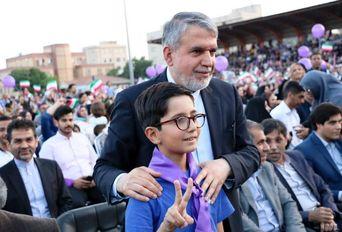 جشن پیروزی حامیان دکتر روحانی در شهر ری