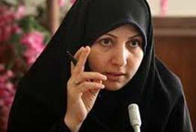 انقلاب اسلامی ایران نماد حضور زنان و مردان در عرصههای مختلف است