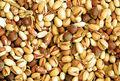 خوراکی های عید چقدر کالری به بدن می رسانند