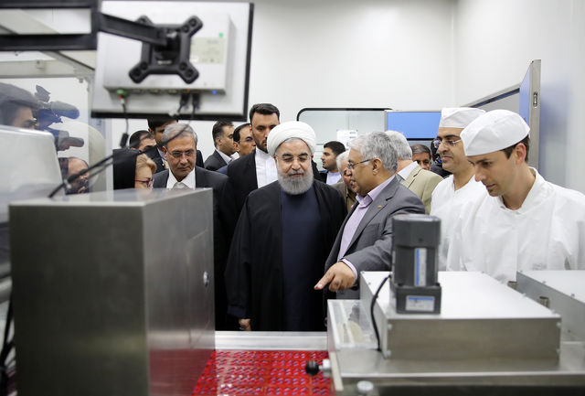 خط تولید جدید جامدات شرکت داروسازی رازک افتتاح شد/ رونمایی از 60 قلم داروی جدید