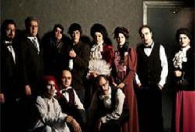 اپرا تئاتر «جانی اسکیکی» میزبان هنرمندان سرشناس سینما و موسیقی بود.