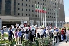تجمع  پاتولوژیستها علیه دانش آموختگان علوم آزمایشگاهی