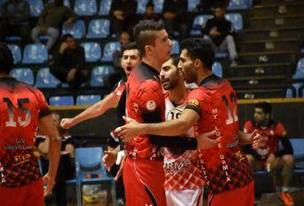 دیدار تیم های والیبال شهرداری جوان ارومیه - راهیابملل مریوان