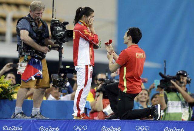خواستگاری از نایب قهرمان المپیک روی سکو