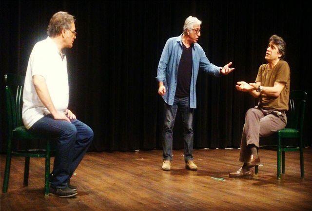 مسعود رایگان «دو مرد در یک اتاق» را به روی صحنه میبرد