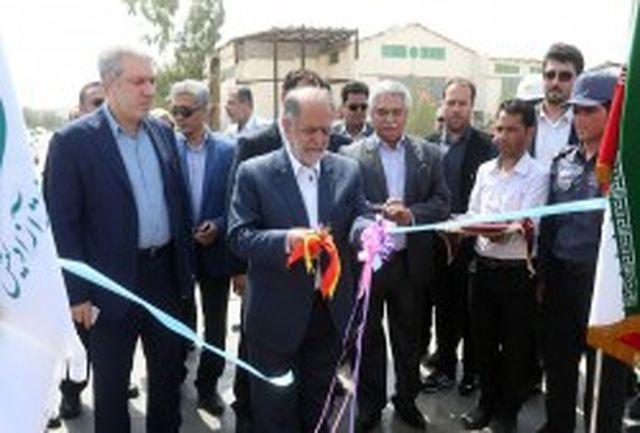 افتتاح واحد تولیدی نفتی با حضور دبیر شورایعالی مناطق آزاد کشور در کیش