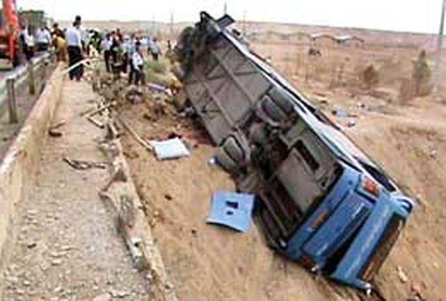 واژگونی اتوبوس حامل زائران عتبات 30 مجروح برجای گذاشت