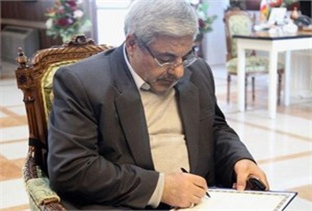 رویا محمد زاده مشاور و دبیر شورای ایرانیان خارج از کشور استانداری شد