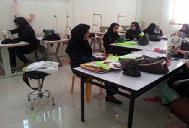 برگزاری دوره های آموزشی صنایع دستی در استان