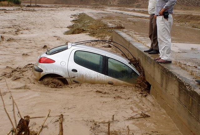 امدادرسانی به دو هزار شهروند متاثر از سیل و آبگرفتگی در پنج استان
