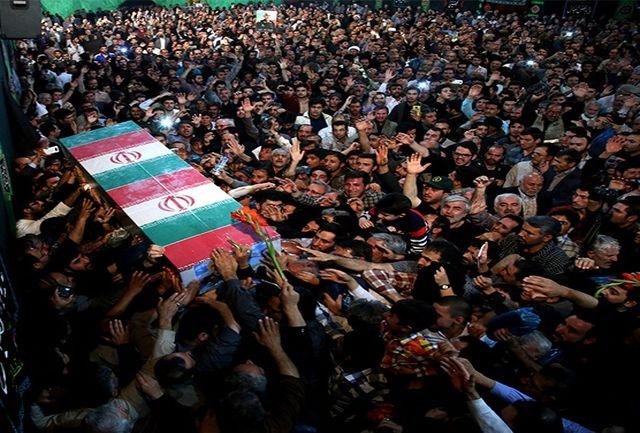 """حضور چشمگیر ورزشکاران و جوانان در تشییع پیکر شهید""""همدانی"""""""