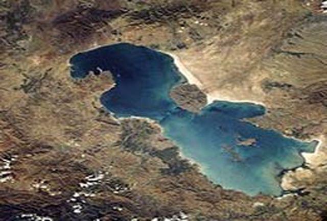 مرگ دریاچه ارومیه هم جاذبه توریستی است
