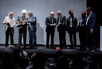افتتاح نمایشگاه  «پرویز تناولی و شیرهای ایرانی »