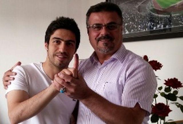 حیدری قراردادش را با استقلال امضا کرد