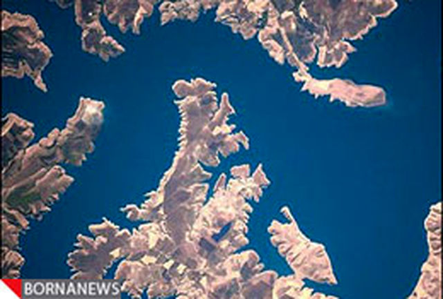 نخستین دلقک فضایی عکسهای فضایی خود را منتشر میکند + تصاویر