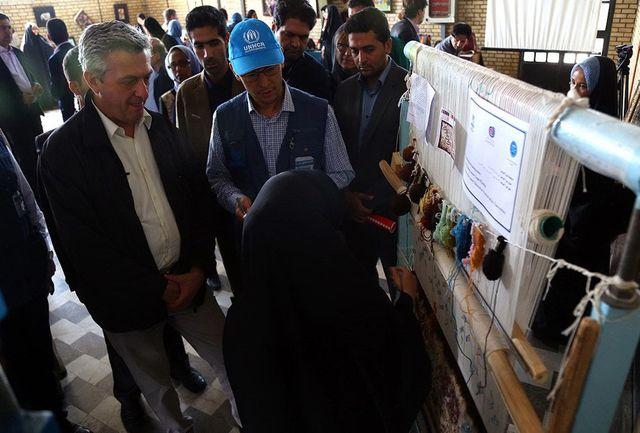 رئیس کمیساریای عالی پناهندگان سازمان ملل با افاغنه مقیم قم دیدار کرد