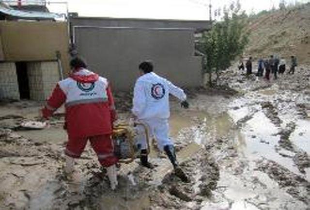 ارائه خدمات امدادی به 130 متاثر سیل و آبگرفتگی