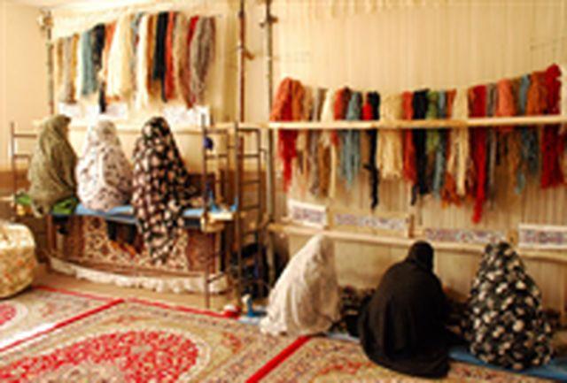زمینه صادرات محصولات تولیدی کارآفرینان فراهم شود