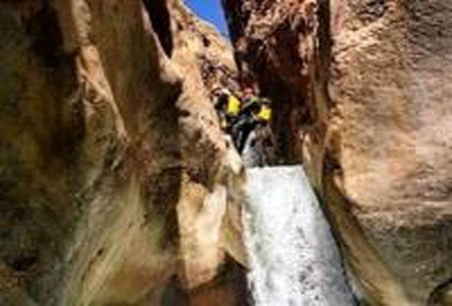 فتح مخوفترین دره کشور توسط کوهنوردان قزوینی