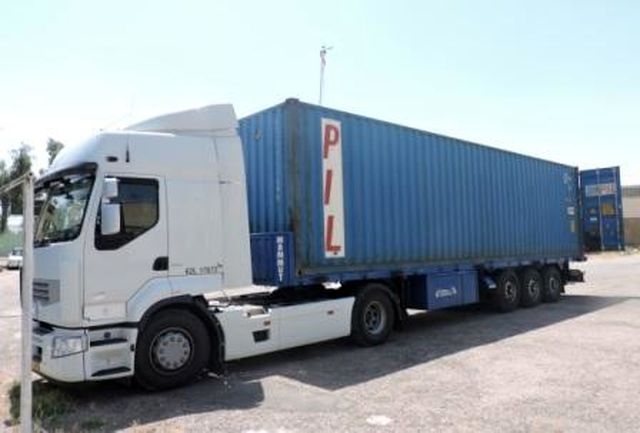 توقیف یک دستگاه کامیون کانتینر و کشف محموله قاچاق درخرم آباد