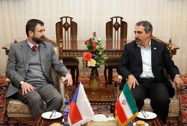 تبریز از ظرفیت های سرمایه گذاری در حوزه ماشینآلات صنعتی برخوردار است