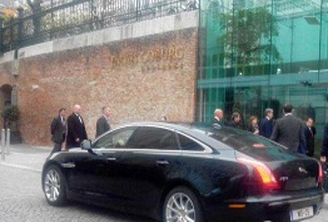 هاموند وارد هتل کوبورگ شد