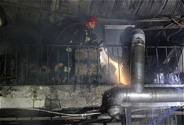 مهار آتش سوزی چاپخانه در نظام آباد تهران