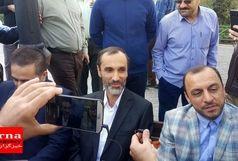 حضور «حمید بقایی» در دادگاه/ ببینید