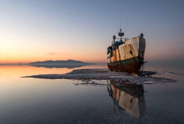 برخی دستگاه ها به صورت جدی به موضوع احیای دریاچه ارومیه وارد نشده اند