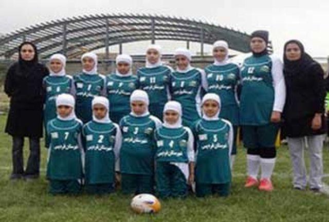 دختران البرز نایب قهرمان تگ راگبی کشور شدند