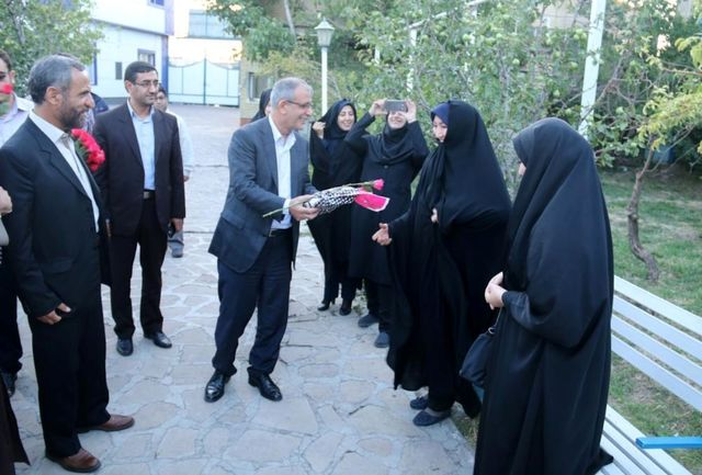 شهردار تبریز از بانوان محجبه تجلیل کرد