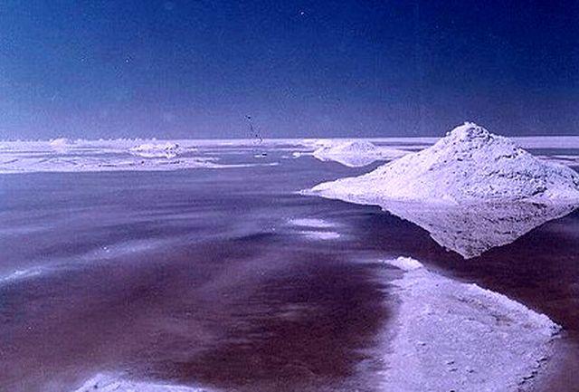 درخواست سرمایه گذاران برای بهره برداری از نمک دریاچه ارومیه از ساحل آذربایجان غربی