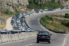 ترافیک در آزاد راه کرج - تهران نیمه سنگین است/ بارش باران در استان مازندران