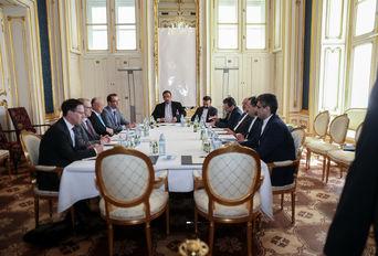 دیدار تیم مذاکره کننده ایرانی و مدیر کل آژانس بین المللی انرژی اتمی
