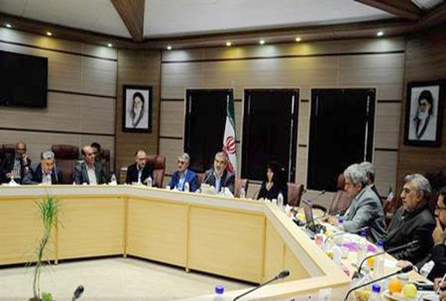 دیدار جمعی از اساتید دانشگاه ها با استاندار البرز