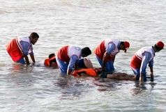 نجات 2 فرزند و مادر از دریا چابهار