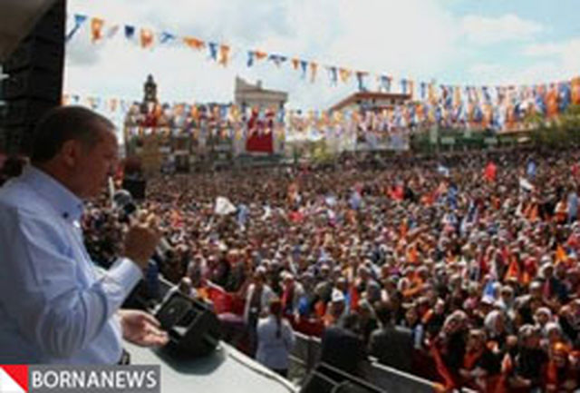 حزب حاکم ترکیه همچنان محبوب مردم