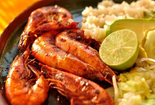 همایش وجشنواره غذاهای دریایی در شهرستان خوانسار