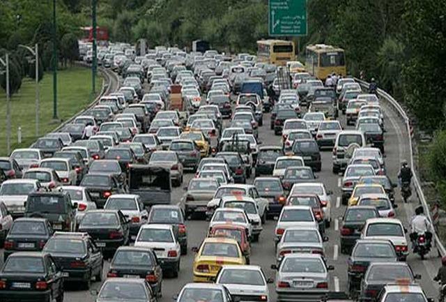 ترافیک سنگین در آزاد راه تهران - کرج