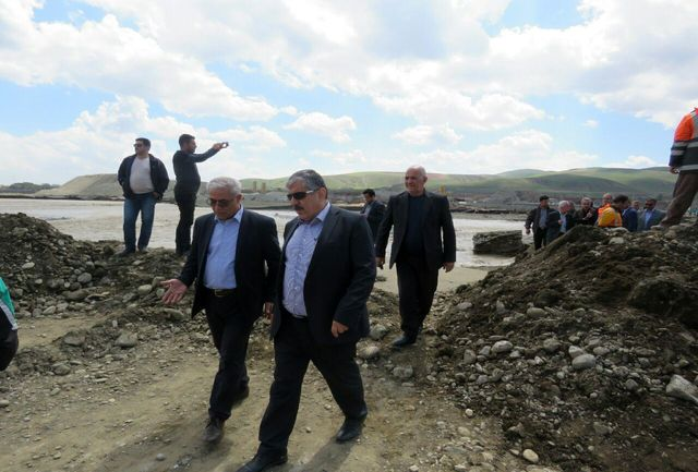 بازدید رئیس علوم پزشکی آذربایجان غربی از نحوه امدادرسانی به سیل زدگان