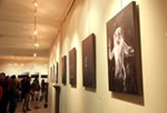 برگزاری نمایشگاه عکس بیست و چهارمین جشنواره تئاتر هرمزگان در بستک