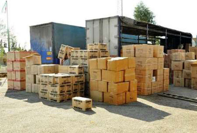 توقیف محموله قاچاق به ارزش یک میلیارد و پانصدمیلیون ریال در شهرضا