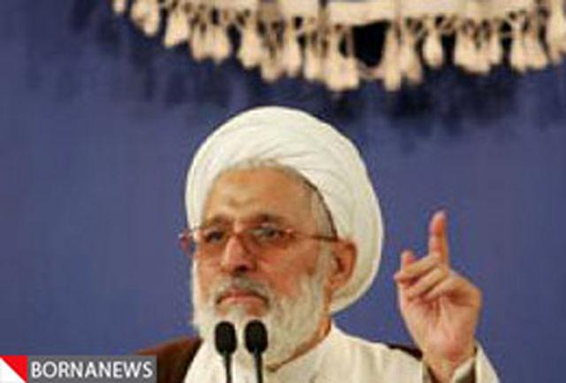 امام جمعه شیراز: ماه رمضان باید از گناه دور باشد